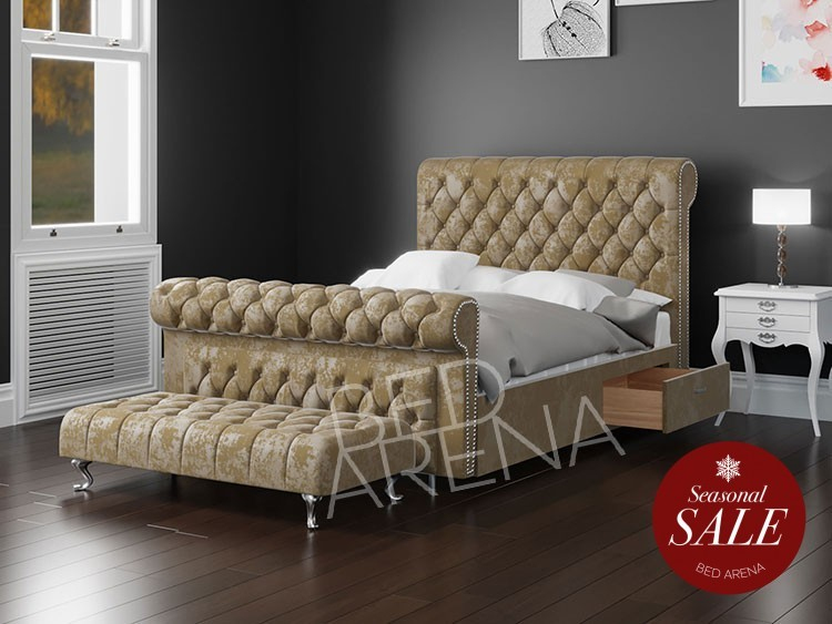 Vancouver Sleigh Bed